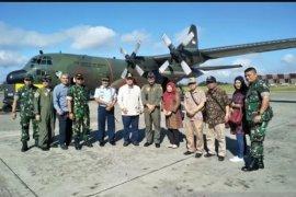 Wagub Sumbar kunjungi Wamena dengan pesawat Hercules TNI AU