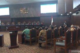 Hakim MK tanyakan kerugian pemohon uji materi revisi UU KPK