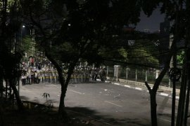 Demo DPR ricuh,  bunyi ledakan beruntun terdengar