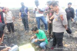 Polda dan DLH ambil sampel lahan perusahaan yang terbakar