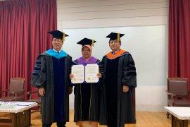Wali Kota Surabaya Risma dianugerahi Doktor Honoris Causa di Tongmyong Univercity Korsel