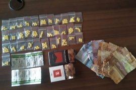 Edarkan obat terlarang, warga Pamarayan ditangkap polisi