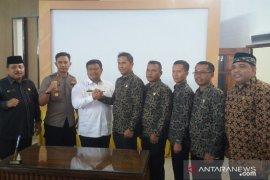 Pemkab dan KPU Labura tandatangani NPHD sebesar Rp24,5 miliar