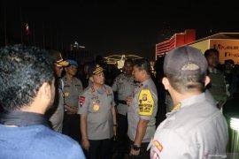 Kapolri dan Panglima TNI tinjau kondisi di DPR/MPR