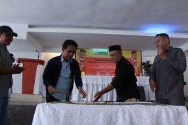Wali Kota Ternate tandatangani NPHD dukung dana Pilkada 2020