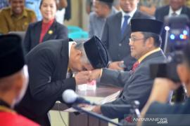 """Bupati Indra """"Si Kuning Tua"""" beri wejangan ke Fraksi Golkar Gorontalo Utara"""