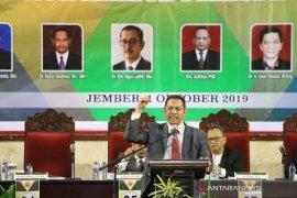 Komisioner KPK terpilih ikuti tahapan penyampaian visi misi bakal calon Rektor Unej