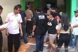 Dari razia indekos di Jakarta Timur, polisi sita 3 kilogram narkoba
