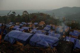 Kemensos salurkan bantuan kepada warga Badui, Lebak korban kebakaran