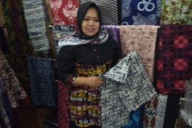 Meningkat, pengunjung kampung batik Chanting Pradana Lebak