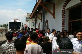PT KAI uji coba rel Stasiun Cibatu-Wanaraja di Garut