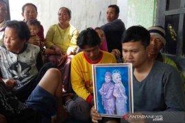 Keluarga di Indramayu berharap jenazah korban jembatan runtuh Taiwan dipulangkan