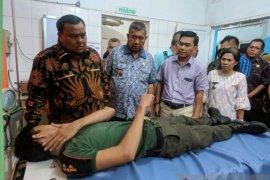 6 orang petugas cedera, Wali Kota Sibolga akan pimpin pembongkaran lanjutan