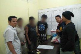 Tiga tersangka penyalahgunaan narkotika di Simalungun dibekuk polisi
