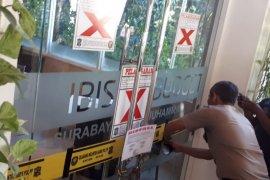 Satpol PP segel Hotel Ibis di HR. Muhammad Surabaya, ada apa?