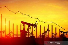 Harga minyak turun, dipicu pelemahan ekspor China dan perang dagang