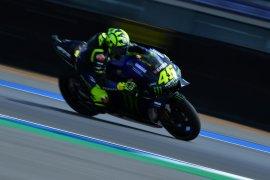 Pembalap Valentino Rossi merasa sedikit stagnan