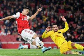 Emery bangga dengan pemain muda Arsenal