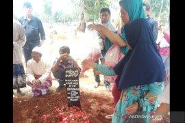 Sebelum tewas saat demo, Yadi sempat minta maaf  kepada ibunya