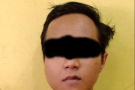 Pria ini ditangkap polisi, karena sering mencuri celana dalam wanita