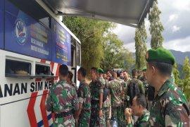 Kado HUT TNI,  Polda Papua gratiskan SIM bagi tentara