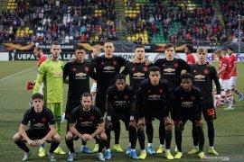 Ryan Giggs harapkan Manchester United rekrut lima pemain baru