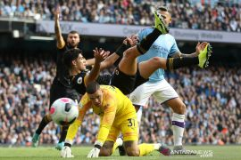 Manchester City kalah 0-2 di kandang sendiri