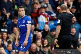 Everton kalah lagi, catatan tanpa menang Watford berlanjut