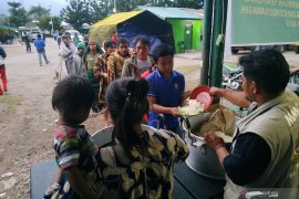 Pengungsi kerusuhan Wamena mulai  kembali ke rumah