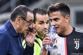 Liga Italia - Bagi Sarri, keberhasilan melampaui Inter tidak banyak berarti