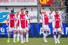 Liga Belanda, Ajax dan PSV menang, Feyenoord terjengkang