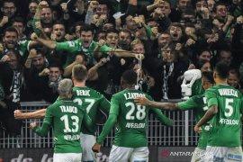 Liga Prancis - Lyon kian terpuruk, kalah menyakitkan di markas Saint-Etienne