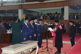 Pimpinan DPRD Provinsi Jambi definitif resmi dilantik