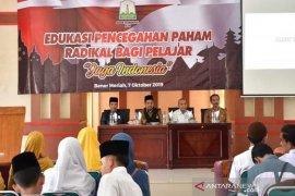 Cegah paham radikal, Kesbangpol Aceh edukasi pelajar di Bener Meriah