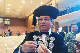 """Menteri Rudiantara sebut banyak lulusan Unpad """"hare-hare"""""""
