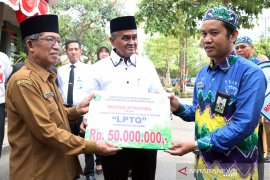 Bupati Banjar lepas 100 Kafilah MTQ