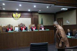 Jaksa KPK tuntut Direktur Utama PT PLN (Persero) 2016-2018 Sofyan Basir 5 tahun penjara