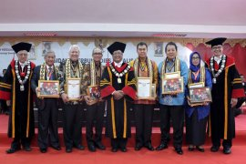 Gubernur Arinal dan SBY Terima Penghargaan Dari Institut Teknologi Sumatera