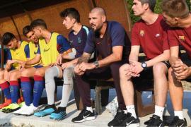 Barcelona pecat Victor Valdes  sebagai pelatih U-19