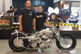 """Ahli modifikasi motor """"Kedux"""" Denpasar raih penghargaan nasional """"Kustomfest 2019"""""""