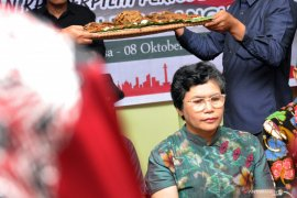 """Pimpinan KPK terpilih Lili Pintauli Siregar """"di-upah-upah"""""""