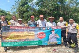 Polsek Jebus ajak warga kurangi risiko kebakaran hutan