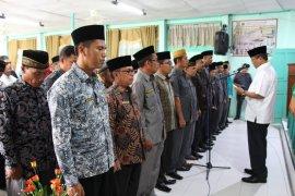 Bupati kukuhkan 70 pengurus PPAIW kecamatan se-Kabupaten Solok