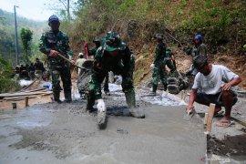 Satgas TMMD dorong kesejahteraan masyarakat perbatasan Kalbar