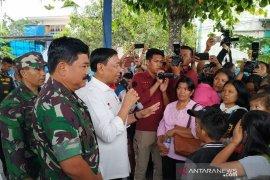 Menkopolhukan dikabarkan ditusuk saat kunjungan di Menes Pandeglang Banten