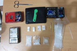 Polisi tembak kaki pengedar narkoba