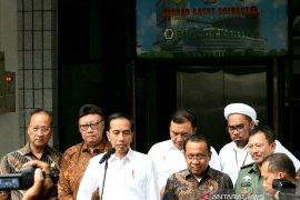 Terkait penusukan Wiranto, Presiden Jokowi ajak masyarakat ikut perangi terorisme