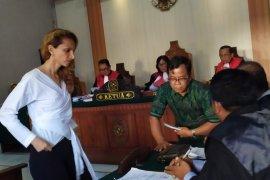 PN Denpasar tuntut warga Rusia sembilan bulan penjara