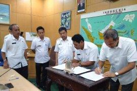 Pemkab Belitung-PLN Babel teken kesepekatan pengelolaan PLTBn