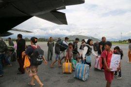 Pengungsi kembali ke Wamena Page 1 Small